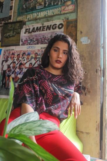 Aliado ao estilo, a moda brechó também explora a personalidade individual - Foto: Iago Aragão
